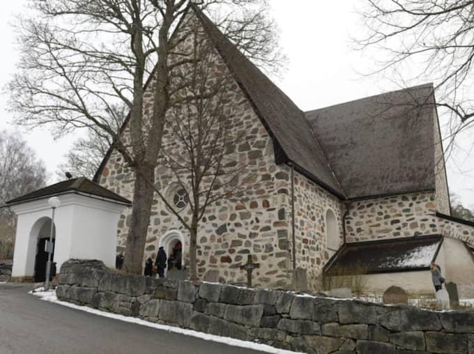 Carina Jaarnek begravs i Värmdö kyrka. Foto: Olle Sporrong