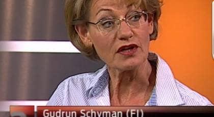Gudrun Schyman avslöjade nyheten i Aktuellt. Foto: SVT