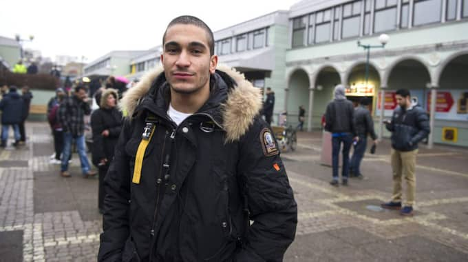 Navid Roshnan, 19, är barndomsvän med Petar – som var en av de som sköts till döds under onsdagen. Foto: Anna Svanberg