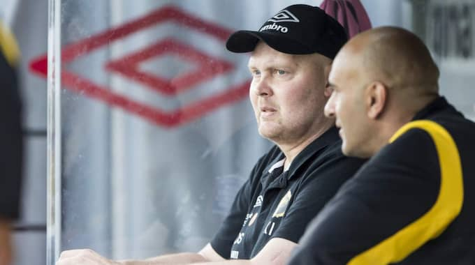 I FÖRHANDLING. Nu är det nära att Klas Ingesson och Janne Mian fortsätter i Elfsborg som tränare. Foto: Jörgen Jarnberger