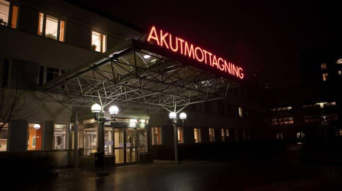 Den ettårige pojken var inlagd i sju veckor och fick ständiga anfall – men läkarna på Akademiska sjukhuset i Uppsala hittade inget fel. Foto: Roger Vikström