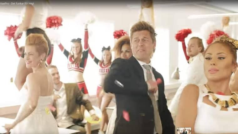 Niclas Wahlgren är en av de kända svenskar som förekommer i reklamen för Vitaepro.