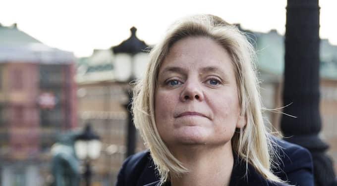 I valrörelsen lovade Magdalena Andersson att skatten på cigaretter och snus skulle höjas lika mycket - men nu höjer regeringen skatten på snus dubbelt så mycket som på cigaretter. Foto: Lisa Mattisson Exp