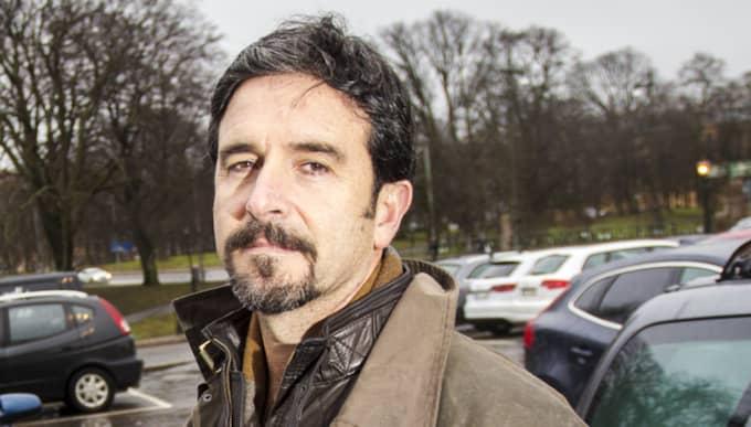 Luis Rodriguez, 53, lärare, Hisingen: Ja, men det var mitt eget fel. Jag hade köpt biljett och råkat lägga den upp och ner för att jag var stressad. När jag kom tillbaka så hade jag fått en lapp – men jag kunde överklaga på plats och slapp betala. Foto: Henrik Jansson