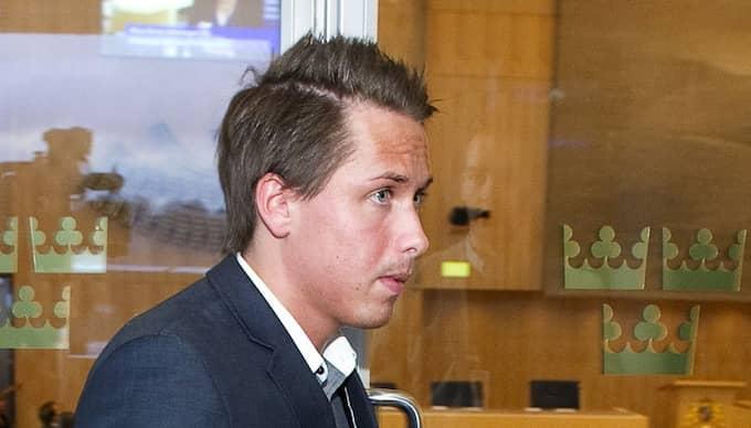 Enligt misstankarna ska SD-politikern William Petzäll ha slagit sönder inredningen hos sin före detta flickvän i Trelleborg. Han fick tillbringa natten i fyllecell. Foto: Tommy Pedersen