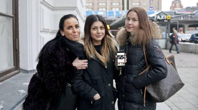Banu Salehi: Designen är fin! Alexandra Lagerqvist, 18, student, Uppsala: Mer humorgrejer och quiz! Amer Alruhaimi, 18, Student, Stockholm: Det är roligt att läsa på sajten. Foto: Evelina Carborn Exp
