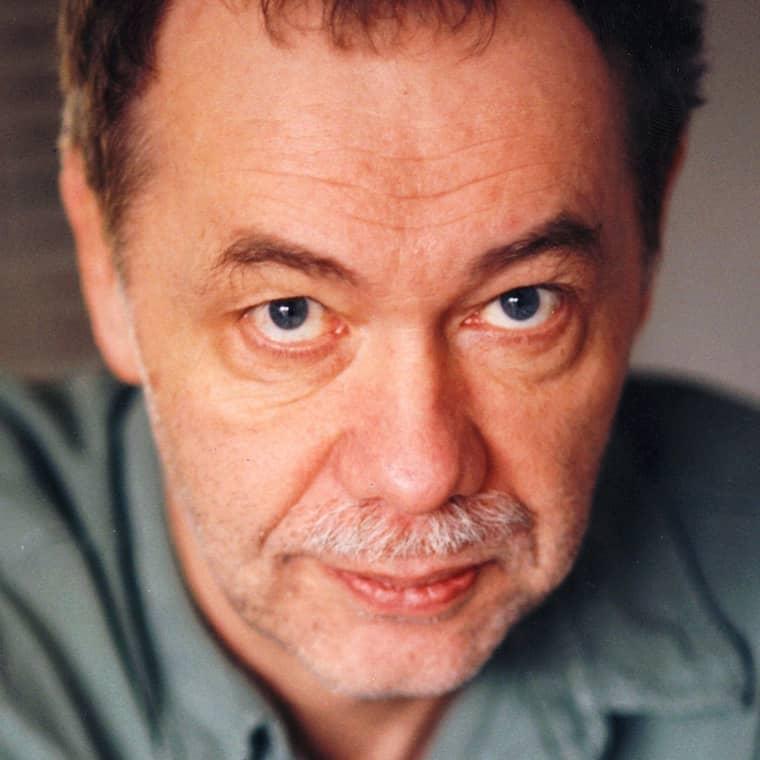 Radioprofilen Kjell Alinge är död.