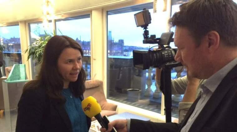 Åsa Romson har drivit på för mjukare krav på avgasutsläpp. Foto: Peter Wallberg