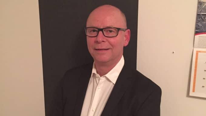 Karl Gudmundsson, socialchef i Jönköpings kommun, är besviken på Leif Mannerströms kritik och uppmanar stjärnkocken att själv provsmaka maten som kommunen serverar sina äldre. Foto: Privat