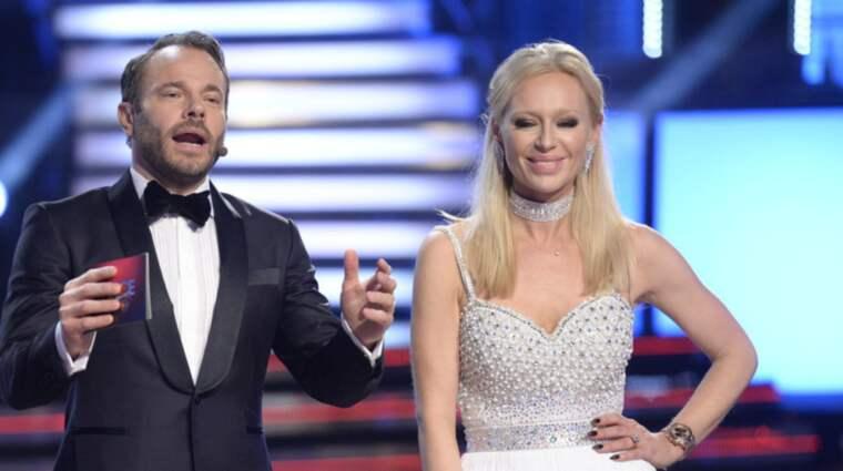 Isabel Adrian hade en liknande klänning som Jessica Almenäs i premiäravsnittet. Foto: Olle Sporrong