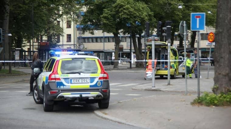 Tre personer har skadats allvarligt i centrala Norrköping. Enligt Norrköpings tidningar handlar det om en knivskärning. Foto: Björn Persson/Wighsnews