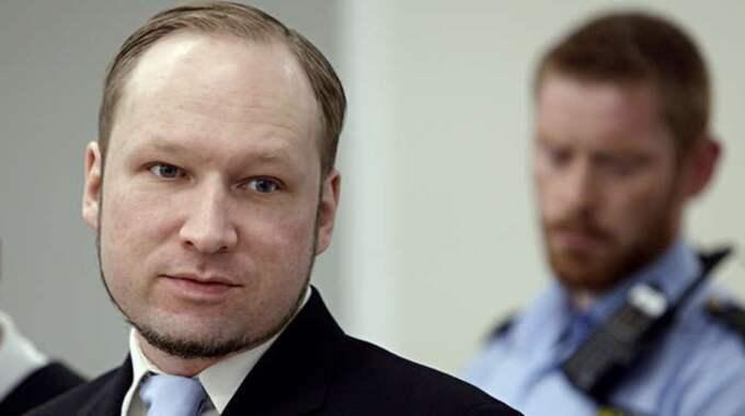 """Den norska terroristen anser sig vara felbehandlad, och enligt SVT menar han att han lever under """"omänskliga förhållanden"""" efter att förhållandena i fängelset försämrades i september förra året Foto: Ap Pool Ntb Scanpix"""