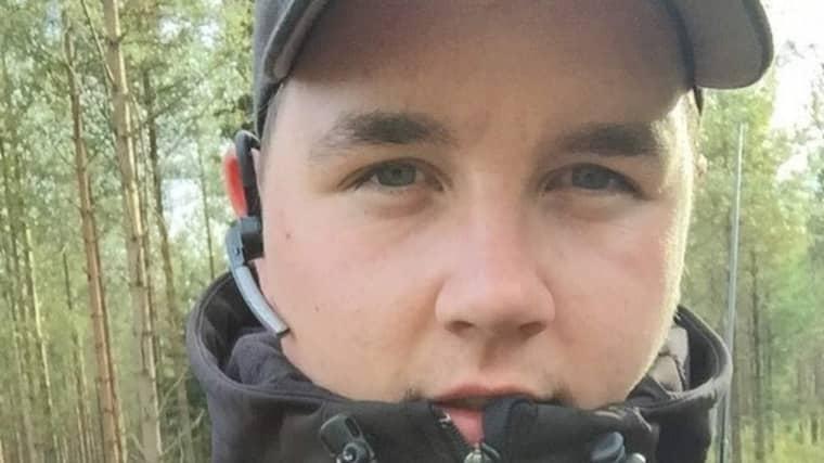 Mattias Heed som avlivade vargen på uppdrag av polisen och som nu behöver personskydd. Foto: PRIVAT