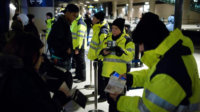 Den som får sin ID-handling fotograferad av vakterna på Kastrup har rätt att ta del av informationen som lagras. Foto: Fritz Schibli