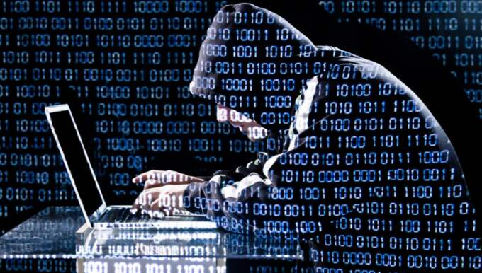 Mannen ska ha tagit sig in i polisens och Skatteverkets databaser och kommit över personppgifter. Foto: Shutterstock