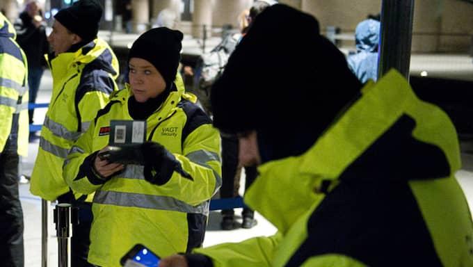 Gränskontroller på Kastrup. Foto: Fritz Schibli
