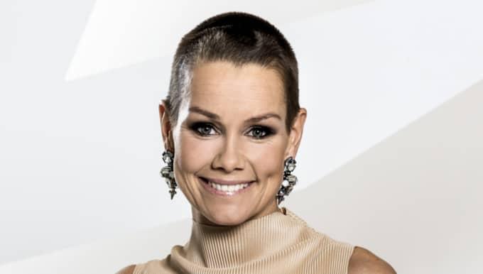 Linda Bengtzing rakade av sig allt sitt hår i vintras. Foto: Janne Danielsson