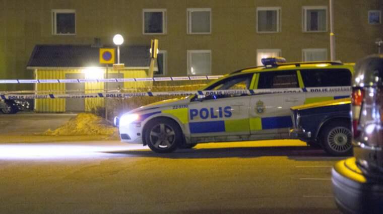 Mannen hittades svårt skadad på öppen gatan. Foto: Christoffer Tuulik