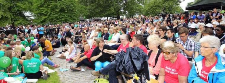 Folkligt. Så här såg det ut förra sommaren, när centerns partiledare Annie Lööf talade. Foto: Cornelia Nordström