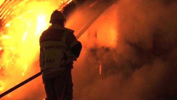 Deltidsbrandmännens avtal skapar proteststorm