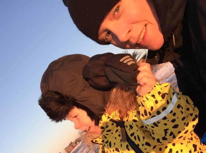 Karin Ericson med sin son. Foto: Privat