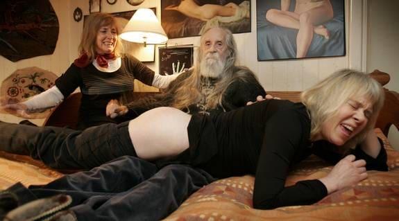 sex till salu äldre kvinnor som gillar yngre män