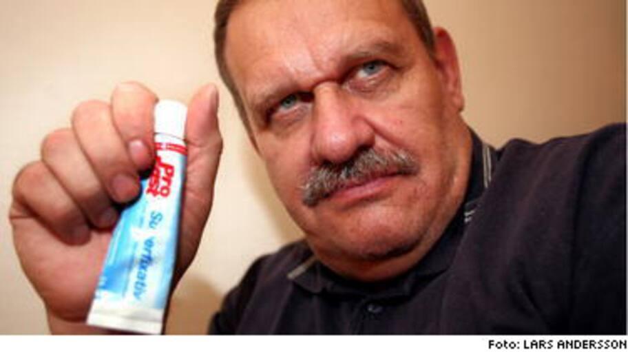 Hans, 55 Jag tvingas limma fast mina tänder Hälsoliv Expressen