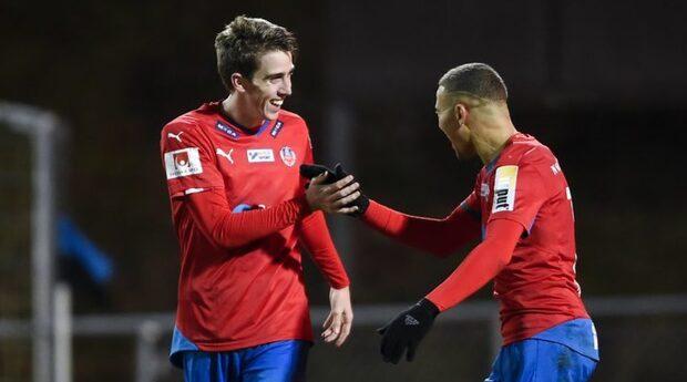 Jordan Larsson sätter 1-0 för Helsingborg