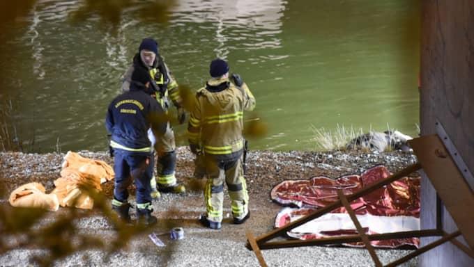Olyckan skedde vid 2.30-tiden på lördagsmorgonen. Dykare sattes in i sökandet. Foto: Pontus Stenberg