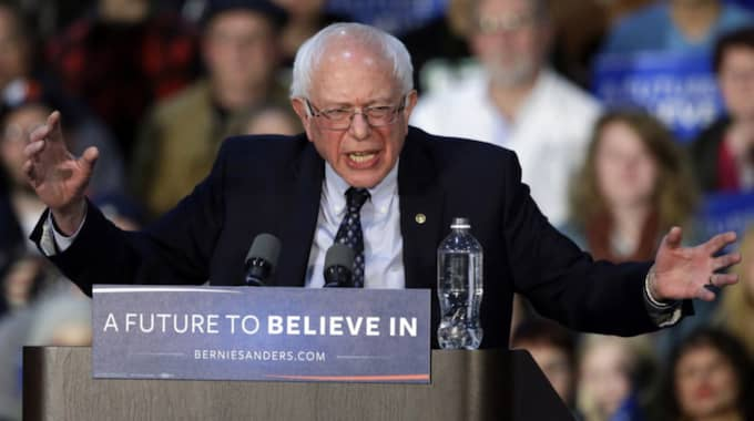 """""""Vi tror fortfarande att vi sitter med en vinnande hand och vi kommer spela den väl"""", säger Bernie Sanders kampanjstrateg Tad Devine till CBS och säger att han tror på vinst i både Kansas och Nebraska. Foto: AP/Nam Y. Huh"""