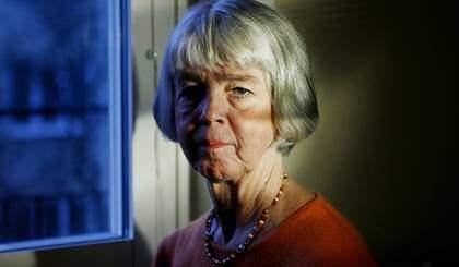 Eva Björkegren tvingas ensam att betala av sin fars skulder. Foto: Helen Edvall