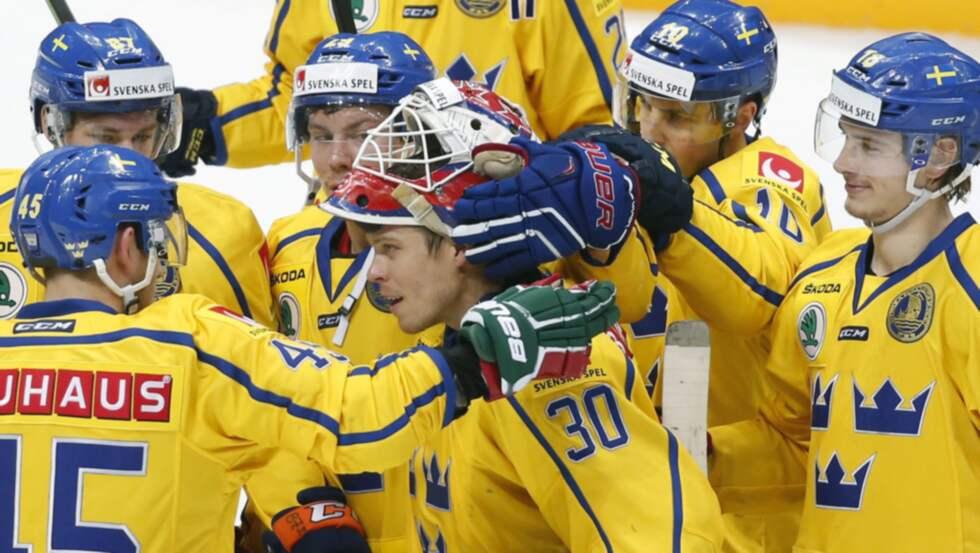 Tre Kronor tar ställning mot hedersvåld. Foto: Yuri Kochetkov / Epa / Tt