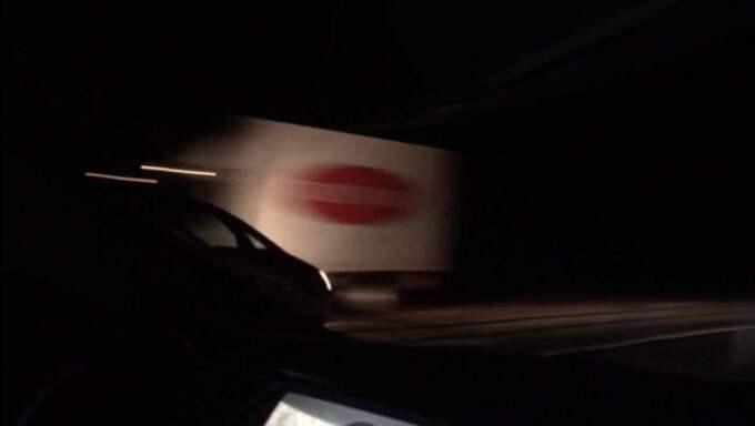 I cirka 40 minuter körde den berusade mannen på fel sida av vägen - i hög hastighet. Foto: Jørn Gilberg