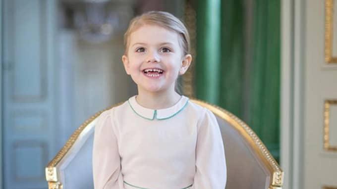 Och här är alltså bilden som släpptes i år, när prinsessan fyller fyra år. Foto: Kate Gabor/Kungahuset.se
