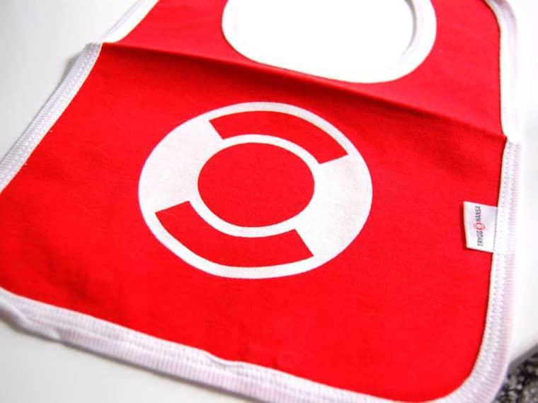 Trygg Hansa har skickat ut gratis haklappar till sina kunder – nu stoppas leveranserna. Foto: Trygg Hansa