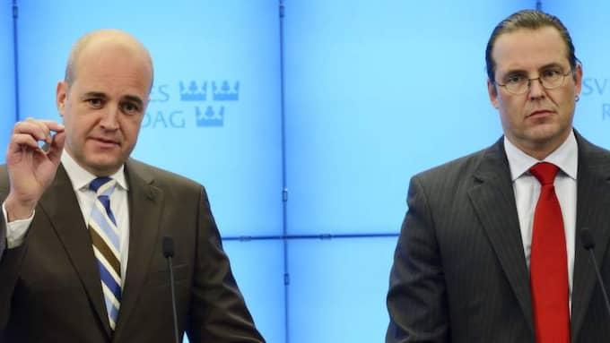 Statsminister Fredrik Reinfeldt och finansminister Anders Borg överväger flera skattehöjningar för att möta flyktingströmmen de närmaste åren, kan Expressen avslöja. Foto: Christian Örnberg