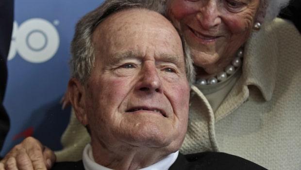 George H W Bush  har förts till sjukhus