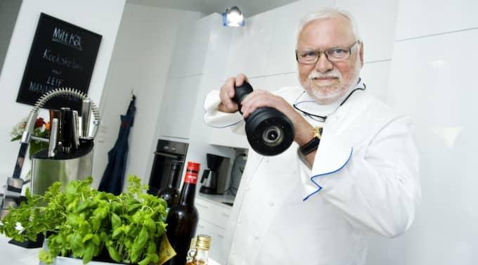 """Leif Mannerström hyllar sin hemstad """"Det finns femton bra restauranger här"""", säger han. Foto: Anna Rut Fridholm"""
