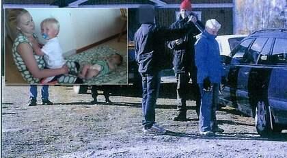 SKÖT MED SLAKTMASK. Här visar expojkvännen polisen hur han avrättade Frida Stenberg. Under en rekonstruktion visar han hur han spände fjädermekanismen och sköt Frida i nacken.