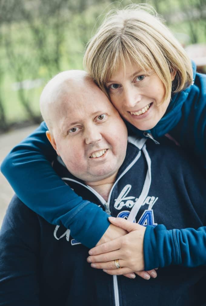 Tobias Bergman startade en insamling till förmån för Cancerfonden. Nu har insamlingen dragit in över en miljon kronor. Foto: Privat