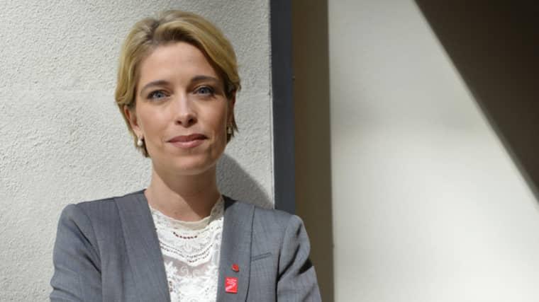 Socialförsäkringsminister Annika Strandhäll (S) vill se någon form av kvotering av vab-dagar. Foto: Henrik Montgomery / TT
