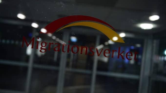 Boendeplatserna runtom i Sverige är slut och antalet asylsökande under onsdagen är rekordstort. Foto: Alex Ljungdahl