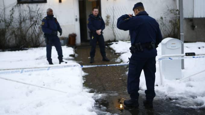 Enligt samstämmiga uppgifter hindrade boende på hemmet gärningsmannen från att gå till attack mot fler personer. Foto: Henrik Jansson