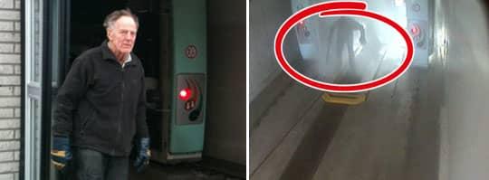 Bilden från mackens övervakningskamera visar när 82-årige Tage Schill hamnar i biltvättens vattenstrålar. - Jag blev chockad men det gick snabbt över, säger han.