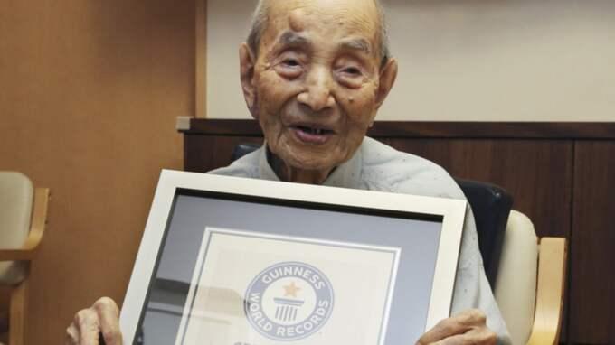 Världens äldste man, japanen Yasutaro Koide har dött, han blev 112 år gammal. Foto: Koji Sasahara