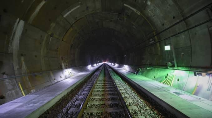 Lokförare har vid fyra tillfällen larmat om vibrationer inne i tågen när de kör genom tunneln. Foto: Jens Christian