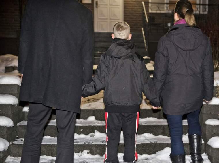 Olivers föräldrar anklagades för att ha misshandlat honom. Men det påstådda nyckelbensbrottet visade sig vara en varböld Foto: Lisa Mattisson