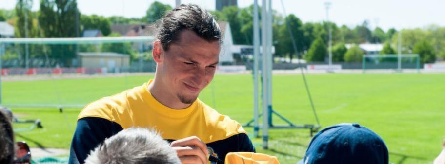 Zlatan Hyllas Infor Em Ar Inte Fullt Sa Tjurig
