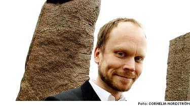 """Tisdagen den 12 april har Kristian Luuk premiär på sitt nya program """"Godnatt, Sverige"""". Där ska han under en halvtimme varje tisdag och torsdag intervjua olika kändisar."""