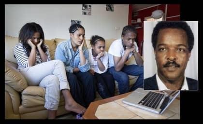 FAMILJEN SER INTERVJUN. Betlehem, Sofia Berhane, Danait och Yoran tittar på Expressens intervju med fångvaktaren Eyob Bahta Habtemariam som berättar om hur Dawit Isaak lever i det eritreanska fängelset. Foto: Anders Ylander